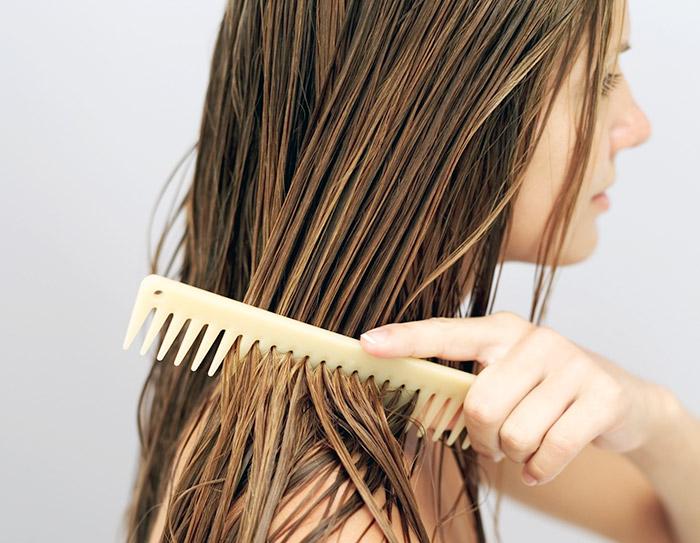 расчесывание волоса