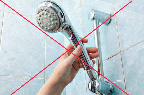 Принимать душ сразу после процедуры гирудотерапии не рекомендуется