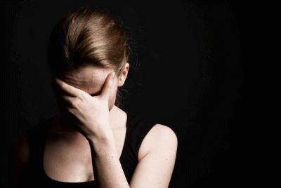 Диссоциативная фуга: причины возникновения