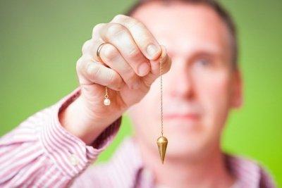 Лечение заикания гипнозом: принципы