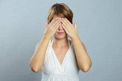 Ретробульбарный неврит: основные симптомы