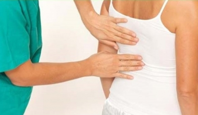 По каким симптомам можно определить, что у вас грыжа позвоночника грудного отдела