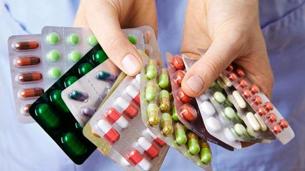 Только медикаментозно справиться с СПКЯ невозможно