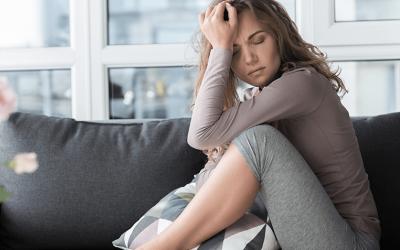 Мигрень с аурой: признаки недуга