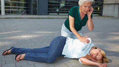 Помощь при эпилепсии: когда вызывать скорую