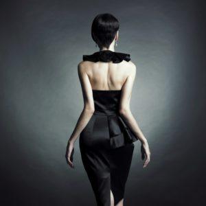 Кожаная юбка подчеркнет индивидуальность