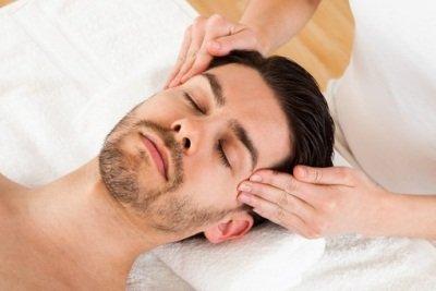 Массаж при мигрени: польза процедуры
