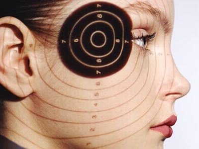 Симптомы мигрени у женищн: психосоматика как причина