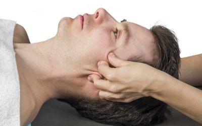 Невралгия тройничного нерва: симптомы и лечение с помощью массажа