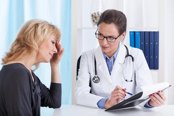 В менопаузу рекомендуется хирургическое удаление кисты