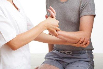 Неврит локтевого нерва: жалобы пациентов