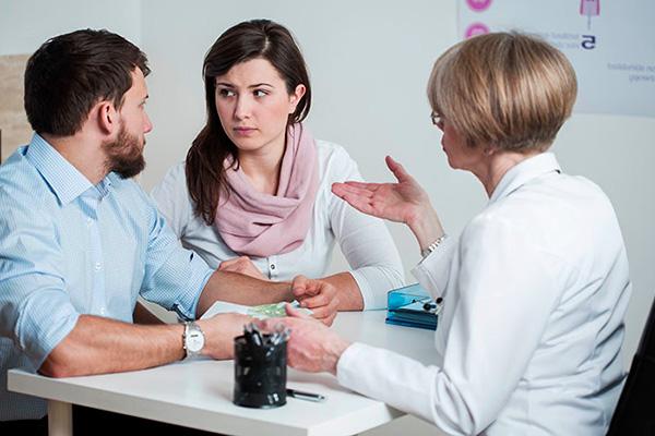 Боли во время половой близости у женщины могут быть вызваны наличием миоматозного узла в матке
