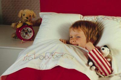 Бессонница у детей и подростков: симптомы и признаки
