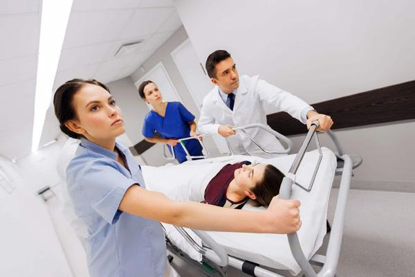 Кровоизлияние в брюшную полость требует неотложной помощи