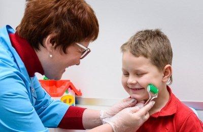 Массаж при заикании у детей и взрослых: сегментарный